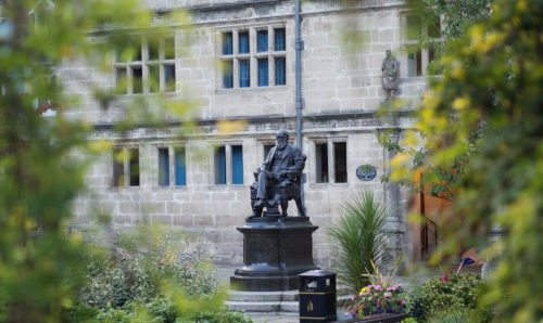 Statue of Charles Darwin in shrewsbury